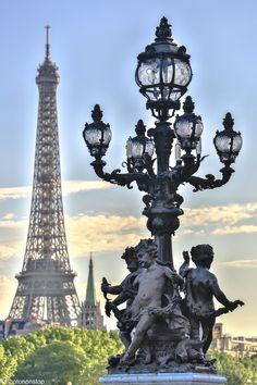Où s'embrasser à Paris ? (Where to kiss in Paris, France) #SaintValentin