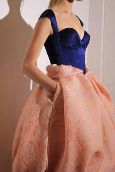 "its-mademoiselle-love: ""Ulyana Sergeenko Haute Couture "" Mega Fashion, Cute Fashion, Fashion Show, Womens Fashion, Fashion Art, Pretty Dresses, Beautiful Dresses, Ulyana Sergeenko, Fashion Details"