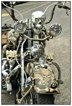 Check out this motorcycle! Custom Harleys, Custom Bikes, Bobber, Motos Harley Davidson, Chopper Bike, Harley Bikes, Motorcycle Art, Hot Bikes, Cool Motorcycles