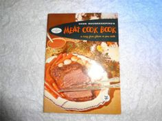 VINTAGE 1958 GOOD HOUSEKEEPING MEAT COOK BOOK ANTIQUE RECIPES SEAL OF APPROVAL