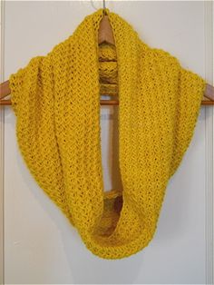This was so enjoyable to knit! The fancy herringbone stitch, from Barbara G. Walker's indispensable Second Treasury of Knitting Patterns,...