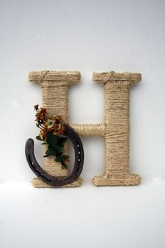 Rustic Wrapped Letter H, Country decor, Twine wrapped letter, Horseshoe decor, Rustic Home Decor from Dreamers Gifts. Saved to DreamersGifts. Western Crafts, Country Crafts, Country Decor, Rustic Decor, Country Homes, Top Country, Country Living, Horseshoe Projects, Horseshoe Crafts