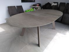 Extendable table Moon in Steel Chrome ceramic top and Mink legs. Available in other sizes and configurations. Delivered to our client in Colchester. Leather Bed, Sofa Design, Modern Bedroom, Contemporary Furniture, Mink, Sofas, Chrome, Dining Table, Legs