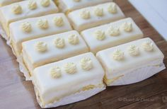 Prajitura cu lamaie - Desert De Casa - Maria Popa Cheesecake Cupcakes, 20 Min, Dessert Recipes, Desserts, Food And Drink, Sugar, Cookies, Tailgate Desserts, Crack Crackers