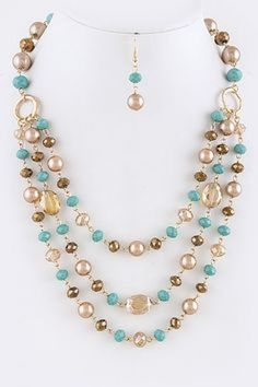 Lindo collar sencillo y colorido #collares #collaresbisuteria #collaresdebisuteria #bisuteria #bisuterias #pulseras #pendientes