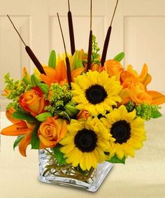 Splash of Autumn by Beneva Flowers, Sarasota Florist. Dive into the fall season with this refreshing bouquet of color.