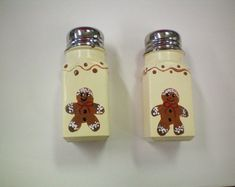 Items similar to GingerBread Salt and Pepper Shakers on Etsy Gingerbread Ornaments, Gingerbread Man, Salt Pepper Shakers, Salt And Pepper, Great Housewarming Gifts, Bottle Painting, Spice Jars, Summer Crafts, Spice Things Up