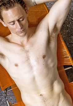 https://www.google.com/search?q=tom hiddleston naked