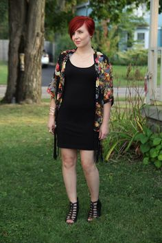 Thrift and Shout blog: Cute Outfit of the Day, floral fringe kimono from Romwe, H&M little black dress and necklace, pink lip, thrift, thrifted, thrift store, thrifting, clothes, fashion, red hair, short hair, asymmetrical haircut, makeup, Jane Iredale, fashion blog, blogger, summer, maternity, pregnancy, dressing the bump,  19 weeks pregnant