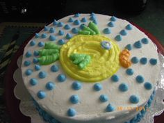 #wiltoncontest  This was the 1st cake I learned to design taking the Wilton Class using gel tracing a design to put on the cake