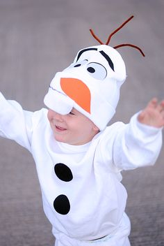 He's so cute and he likes warm hugs! Easy No Sew Olaf Costume Pattern