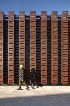 2015 New Zealand Architecture Awards Architecture Metal, Factory Architecture, New Zealand Architecture, Building Skin, Building Facade, Metal Building Homes, Building Ideas, Metal Homes, Metal Cladding