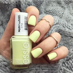 Essie chillato I have this COlor! Essie Nail Colors, Essie Nail Polish, Nail Polish Colors, Summer Nail Colors, Summer Nail Polish, Summer Nails, Gel Polish, Yellow Nails, Pink Nails