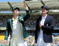 Michael Clarke tosses the coin as Alastair Cook calls ... wrongly, Australia v England, 1st Test, Brisbane, 1st day, November 21, 2013