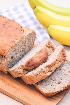 Glutenfri bananbrød. Laktosefri bananbrød. Bananbrød til morgenmad. Sundt bananbrød med boghvedemel. Boghvedemel brød med banan og kanel. Healthy Cake, Healthy Baking, Healthy Recipes, Healthy Food, Lactose Free Desserts, Danish Dessert, Dairy Free, Gluten Free, Bread Baking