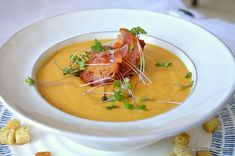 Thai Red Curry, Cooking Recipes, Cooking Ideas, Yummy Food, Yummy Recipes, Bacon, Health, Ethnic Recipes, Short Haircuts