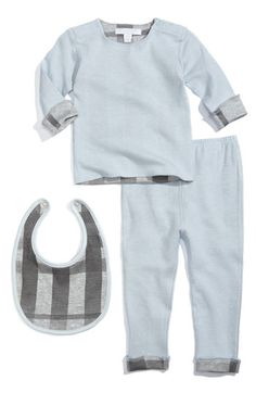 Adorable Burberry baby boy sleeper set with a matching bib- super cute! It can also be incorporated into wardrobe as a mix-and-match because of it's neutral coloring. Baby_Crazy beautiful garment, indeed.