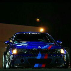 BMW E46 M3 blue ///M stripe