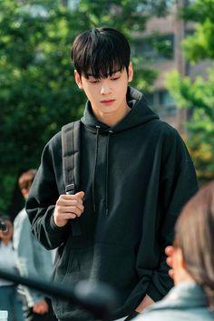 cha eun woo my id is gangnam beauty wallpaper Astro Eunwoo, Cha Eunwoo Astro, Korean Celebrities, Korean Actors, Celebs, F4 Boys Over Flowers, Park Jin Woo, K Drama, Astro Wallpaper
