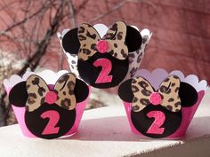 MINNIE MOUSE Hot Pink and Leopard Print Cupcake Wrappers