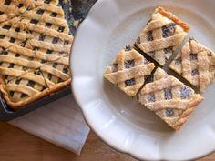 Tvarohovo-makový mřížkový koláč - Avec Plaisir Waffles, Breakfast, Poppy, Food, Morning Coffee, Eten, Poppies, Waffle, Meals