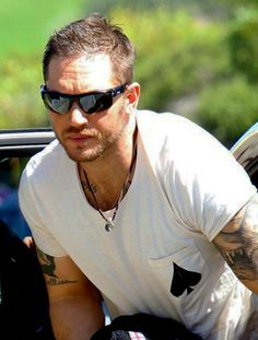 Tom Hardy - Bondi Beach, Sydney, Australia 11.26.13 - Back to film extra scenes for Mad Max - Arms though....