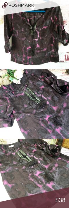 J.CREW Purple and Black Popover Top, Size 0 See fabric content and measurements in pics.  ALMOST NEW J. Crew Tops
