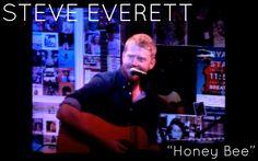 "Steve Everett ""Honey Bee"" (From Downstairs Live)"