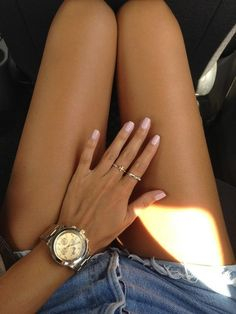 pink nails with gold