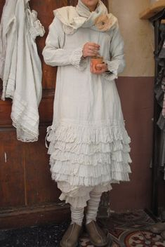 Gorgeous, but I would change the style of the bloomers - long, wide-legged with ruffles...