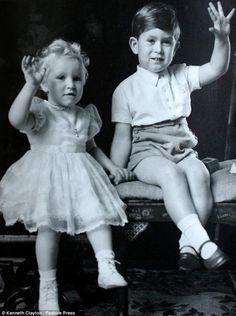 Prince Charles and Princess Anne in 1952.