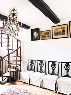 Tour a South-of-France Getaway So Lovely It Hurts via @domainehome