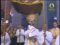 """Música """"Noite Feliz"""" cantada por Ana Walquíria e Silvio Lino, na 8ª de Natal na Missa do Santuário Nacional de Aparecida-SP no dia 27 de dezembro de 2012."""