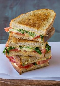 BLT Grilled Cheese. The best bacon grilled cheese sandwich!