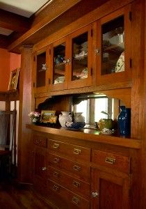 Compact Comfort in a Bungalow by Sarah Hilbert. The built-in buffet of Douglas fir is a notable feature with fine details: hexagonal pilasters with a heavy lintel, flared serving shelf, beveled mirror. Craftsman Built In, Craftsman Dining Room, Craftsman Furniture, Craftsman Interior, Craftsman Style Homes, Craftsman Bungalows, Craftsman Decor, Craftsman Columns, Mission Furniture