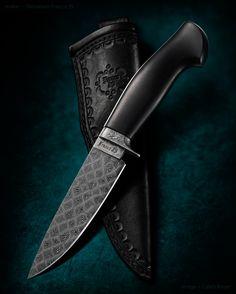 maker: Dionatam Franco JS website: francofacasartesanais.blogspot.com Blade: 1070 & 15n20 mosaic damascus Handle: Ebony Blade length: 124mm Blade width: 33mm Blade thickness: 5.5mm Overall: 266mm #calebroyerphotography #knife #knifemaking #knives #customknives #handmadeknives #knifecommunity #handmade #knifeart #knifepics