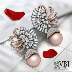 AGS Certified White Gold Diamond Round-Cut Stud Earrings K-L Color, Clarity) – Finest Jewelry Stylish Jewelry, High Jewelry, Pearl Jewelry, Jewelry Shop, Diamond Jewelry, Antique Jewelry, Gold Jewelry, Jewelry Design, Quartz Jewelry