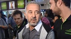 El refugiado sirio Osama Abdul Mohsen, que se dio a conocer al ser agredido por la periodista húngara Petra Laszlo, ha llegado pasada la medianoche a la estación de Atocha de Madrid para comenzar una nueva vida trabajando en la Escuela nacional de entrenadores de fútbol (CENAFE) en la localidad de Getafe, al sur de la capital.