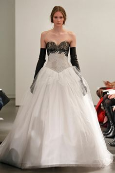 Vera Wang. See more looks from Bridal Fashion Week Spring Summer 2014 http://on.elleuk.com/ZIfARk