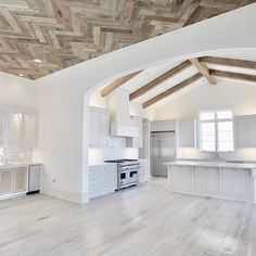 Felt like ending the day with our herringbone ceiling #tbt #picoftheday #bestoftheday #photooftheday #instadaily #instagood #instahome #custom #design #build #architecture #interior #interiordesign #house #home #construction #scheffyconstruction   interiors @annemccanlessdesigns   architect Mark Mathews    @mmimages