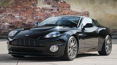 Aston Martin Vanquish S #BondMobile