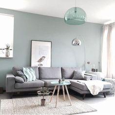 Grey modern living room | Binnenkijken bij jaimywilmsen