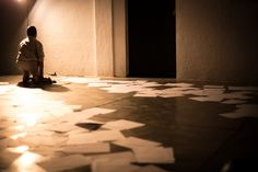 https://flic.kr/p/AcL6AV | Entre o Choro e o Controle | Apresentações da primeira temporada no TeceSol, Natal/RN. 2014. Prêmio Funarte de Dança Klauss Vianna. Créditos: Brunno Martins.