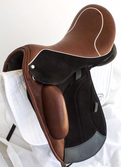 Custom Saddlery- saddle design ideas!