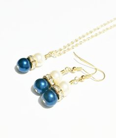 Bridesmaid Necklace Set / Pearl Gold Tone by VickysLittleSecrets, $14.00