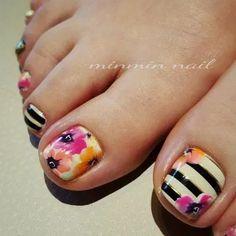 with ・・・ フットもPansyで準備万端(o^-')b ! Pretty Toe Nails, Cute Toe Nails, Fancy Nails, Gorgeous Nails, Trendy Nails, Diy Nails, Toe Nail Color, Toe Nail Art, Nail Colors