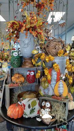 Fall Display - Sturgeon Bay Sturgeon Bay, Halloween Displays, Autumn Displays, Wreaths, Fall Decorations, Sweet, Home Decor, Candy, Decoration Home