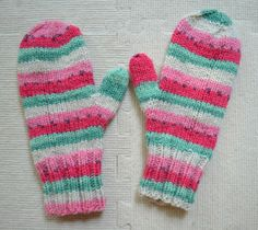 LOVE these watermelon mitts from Susan B. Anderson. Waiting for Winter Mittens - pattern on ravelry.