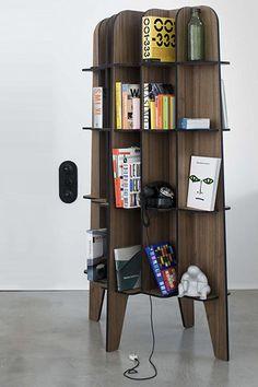 Designkast noten fineer boekenkast wandmodel bookcase design roderick vos