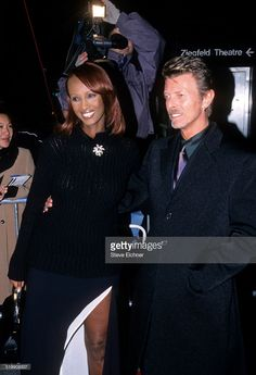 iman-and-david-bowie-at-premiere-of-meet-joe-black-new-york-november-picture-id519908837 (699×1024)
